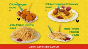 Chicken Nuggets, Chicken Nuggets mit Pommes, große Portion Pommes, kleine Portion Pommes im HAPPYHOPP Vomp